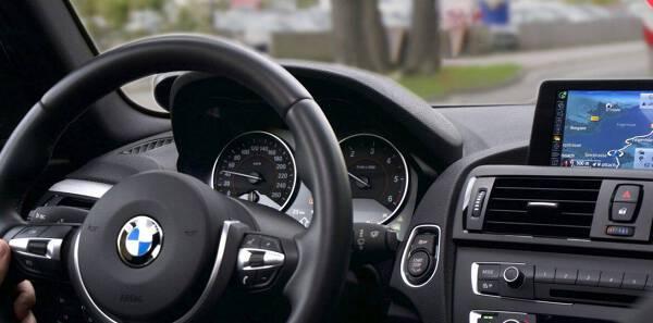 Porówneo: Ecodriving – zmień nawyki na… tańsze