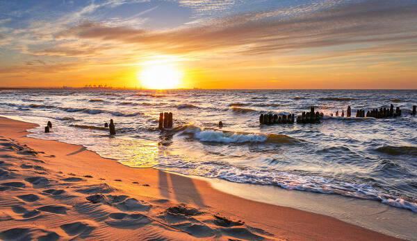 Porówneo: Weekend nad morzem – idealny o każdej porze roku