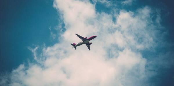 Porówneo: Jak szukać tanich lotów? Poznaj 5 skutecznych sposobów