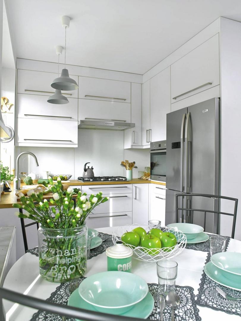 Wygodna Kuchnia W Kawalerce I W Bloku ładny Dom