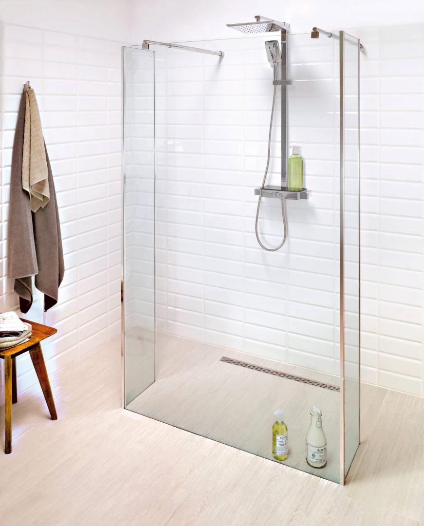 łazienka Z Prysznicem Bez Tradycyjnego Brodzika ładny Dom