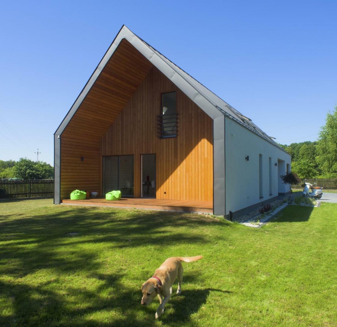 Realizacje Domów Nieduży Dom Modułowy W Borowinie
