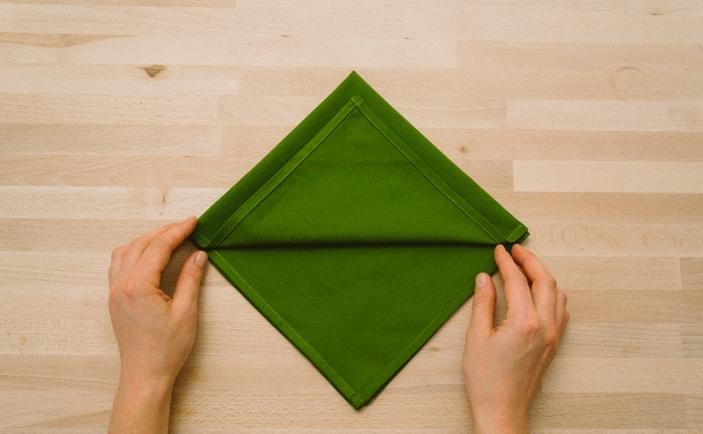 Składanie Serwetek Papierowych I Materiałowych ładny Dom