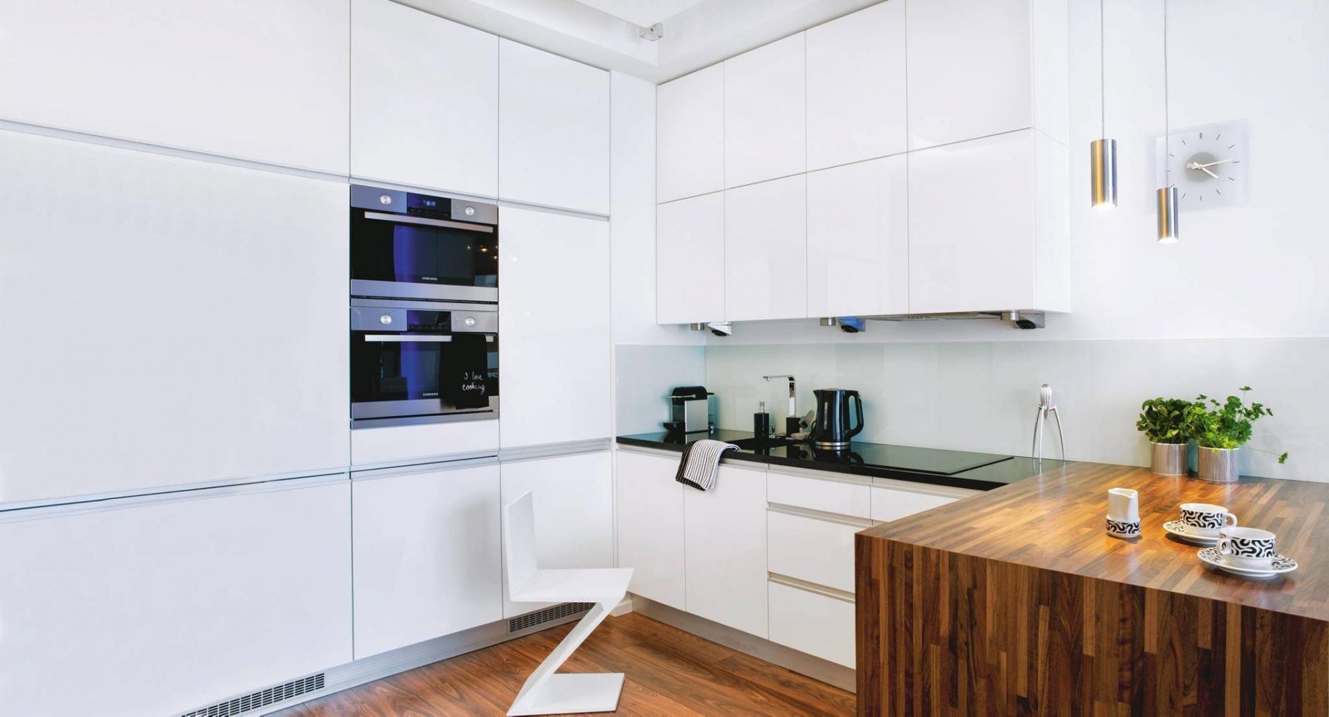 Biała Kuchnia Na Trzy Sposoby ładny Dom