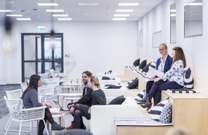 Biurko Nie Dla Każdego Nowoczesne Biuro Według Ikea Bryła