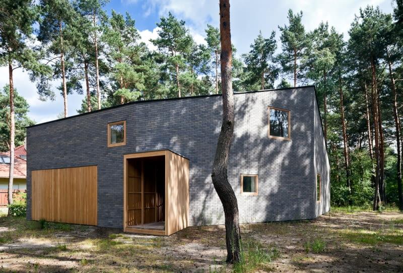 Dom w lesie pod Warszawą