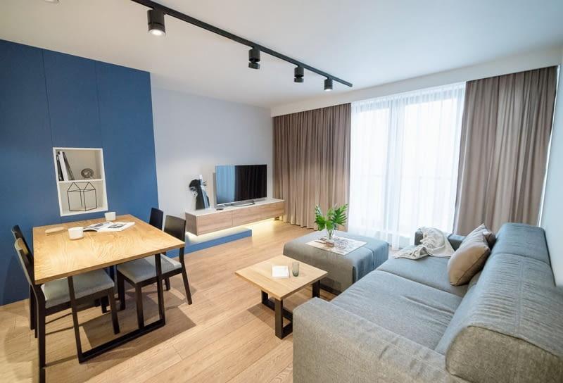 Nowoczesne Mieszkanie W Kolorze Granatowym ładny Dom