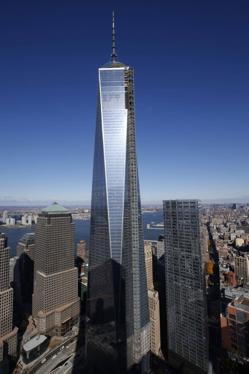 The One World Trade Center tower is seen in New York during a press tour in this file photo taken November 8, 2013. The Council on Tall Buildings and Urban Habitat has announced that One World Trade Center will surpass Chicago's Willis Tower as the tallest building in the United States when it opens next year. REUTERS/Mike Segar/Files (UNITED STATES - Tags: CITYSCAPE BUSINESS)