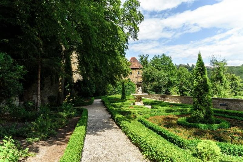 Ogród Księżnej Daisy w Książu