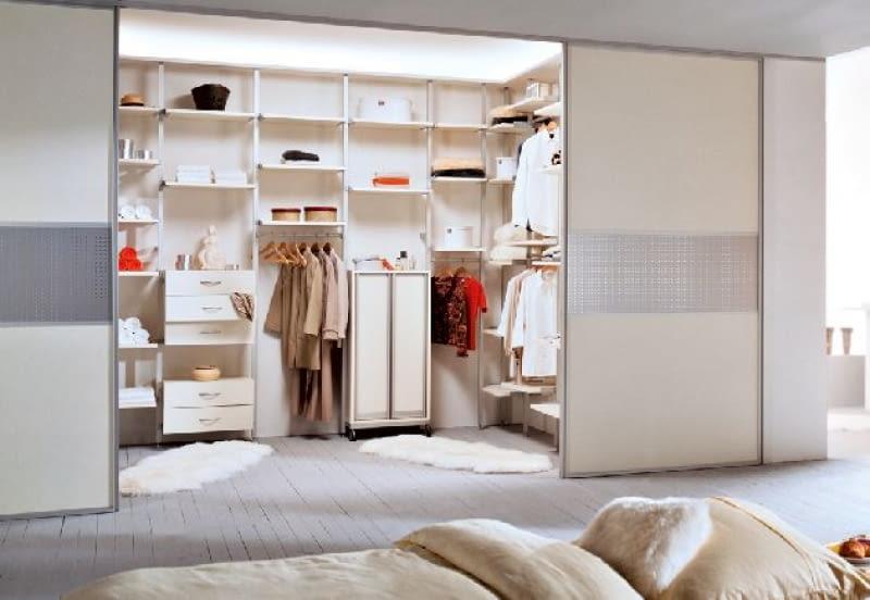O Urządzaniu I Kosztach Zabudowy Garderoby ładny Dom