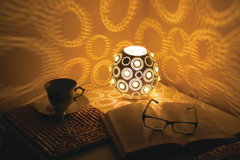 Lampa z tykwy
