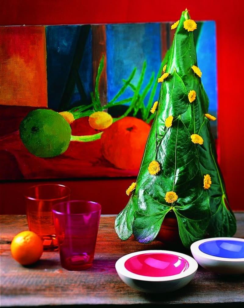 pomysł na choinkę, świąteczne drzewko, świąteczna choinka, choinka z liści monstery