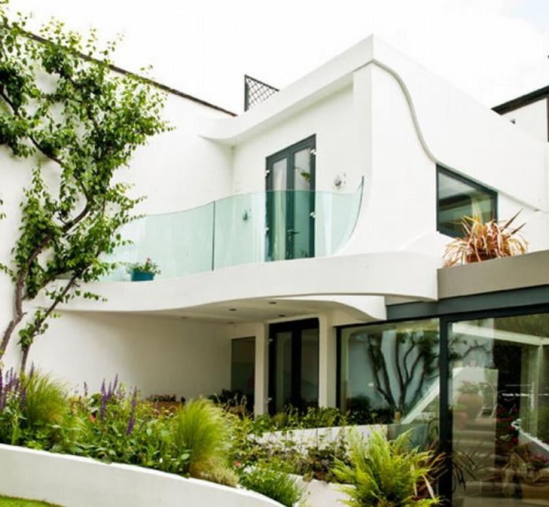 Dom w Clapham przebudowany przez Alexa Haw i architektów z Atmos Studio.