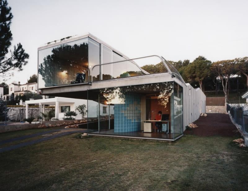Cloud 9 - Enric Ruiz-Geli, bio villa