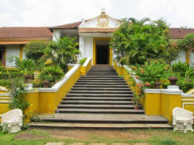 Palacio do Deao od frontu