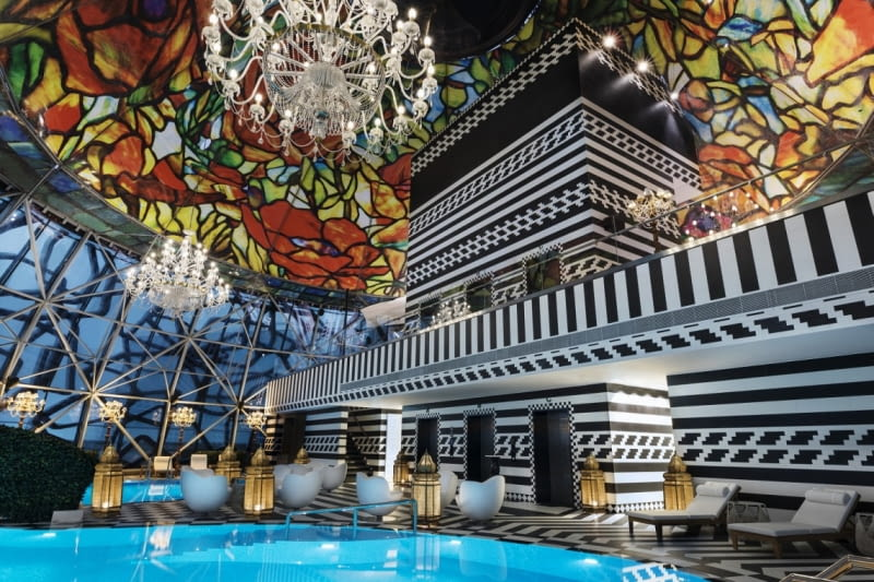 Hotel Wnętrza hotelu Mondrian Doha w Katarze zaprojektowane przez Marcela Wandersa