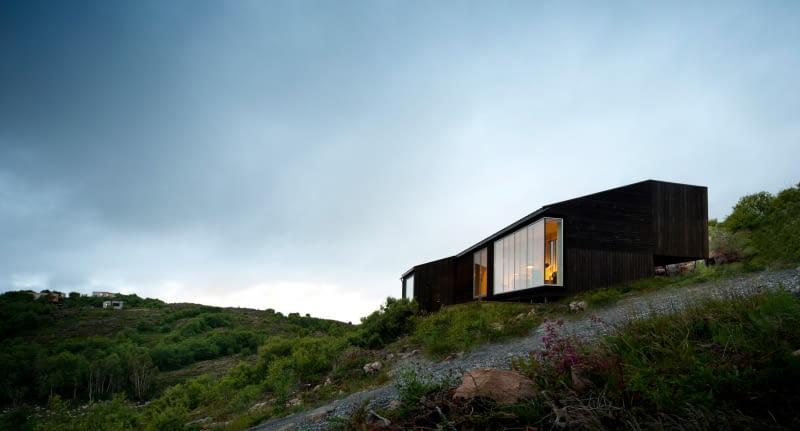 Dom w Norwegii na wyspie Stokkoya. Proj. Kappland Arkitekter.