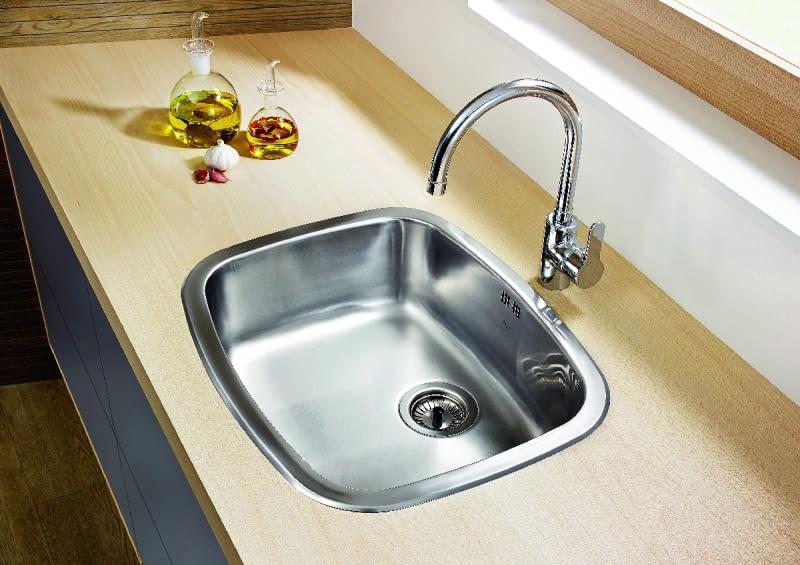 Zazwyczaj modele kuchenne mają wysokość 12-30 cm, ale są i takie, których wysokość dochodzi do 50 cm