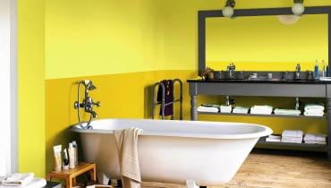 łazienka, wanna, malowanie ścian