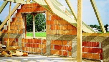 budowa domu, ściana szczytowa