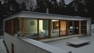 Okna, zwłaszcza te z dużymi przeszkleniami, powinny mieć bardzo dobra izolacyjność termiczną