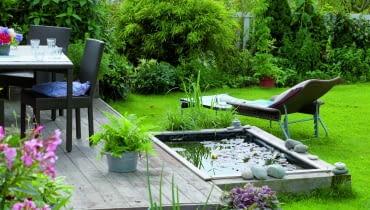 """Taka prosta """"piaskownica"""" z wodą poprawi mikroklimat każdego ogrodu."""