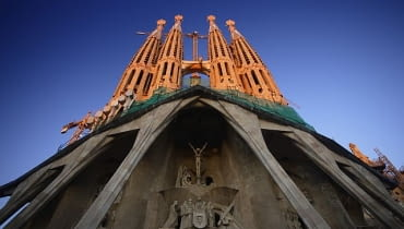 1882-1926, Barcelona, Spain --- Facade of Sagrada Familia --- Image by O. Alamany & E. Vicens/Corbis