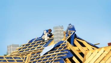 wstępne krycie dachu, membrana dachowa, budowa domu