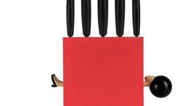 <B>Biała magia, czarny humor</B> <BR/>Przyrządzasz stek, a czujesz się jak David Copperfield! 'Magic Box' włoskiej marki e-my to pięć perfekcyjnie naostrzonych i, niestety, dobrze zakotwiczonych noży