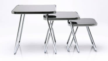 GRACILE, metal i szkło, najwyższy stolik 50 x 50 cm, wys. 50 cm, cena: 679 zł/3 szt., sfmeble.pl