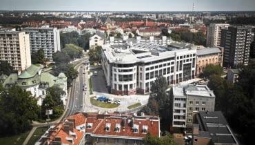24.07.2012 WARSZAWA , BIUROWIEC SENATOR W MIEJSCU DAWNEGO BANKU POLSKIEGO . FOT. MATEUSZ BAJ / AGENCJA GAZETA SLOWA KLUCZOWE: SENATOR BANK POLSKI POWSTANIE WARSZAWSKIE DEWELOPER BUDOWNICTWO BIUROWIEC