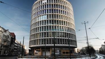 Poznański Okrąglak, czyli Dom Towarowy projektu Marka Leykama