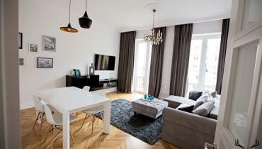 Odnowione mieszkanie w kamienicy na Marszałkowskiej