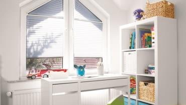 Żaluzje plisowane można dostosować do okien o różnych wymiarach i kształtach