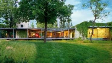 projekt indywidualny, dom parterowy, duże okna, salon
