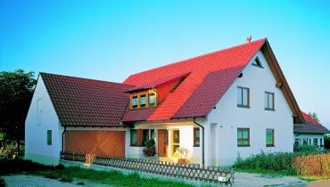 Futura/CREATON | materiał: dachówka ceramiczna | kolor: czerwień naturalna Cena: od 49,68 zł/m2