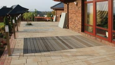 taras, nawierzchnia drewniana, nawierzchnia z płyt betonowych, nawierzchnia łączona z óżnych materiałów