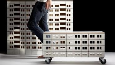 Panelak - meble inspirowane blokami z wielkiej płyty od Lassak Studio
