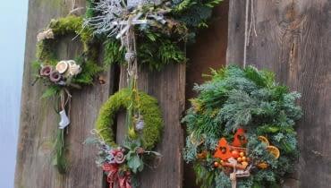 Dekoracje świąteczne w ogrodzie