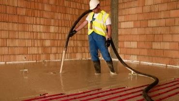 Wykonywanie podłogi z ogrzewaniem wodnym