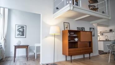 mieszkanie z antresolą, nowoczesne mieszkanie, antresola w mieszkaniu, stylowe wnętrze, skandynawski styl