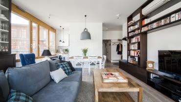 Pełne ciepła mieszkanie dla trzyosobowej rodziny