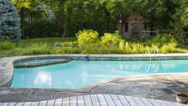 Basen ogrodowy - czy warto?