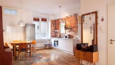 Mieszkanie w przedwojennej kamienicy w centrum Warszawy