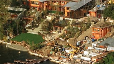 After seven years of construction and $60 million, Microsoft mogul Bill Gates and wife Melinda have finally moved into their Lake Washington waterfront home in Medina, Washington, a suburb of Seattle. It was announced September 28 that Gates was the richest man in the world, with an estimated net worth of $39.8 billion. The 20,000 square foot home spans five acres, has a 20-seat movie theater, a 30-car garage and a 20-room main living area. Although landscape work continues, the interior of the house is complete. GATES