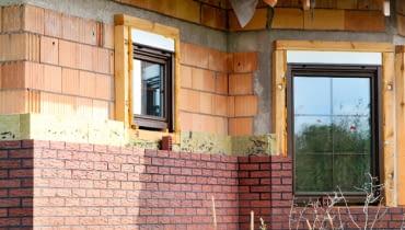 budowa domu, ściana trójwarstwowa