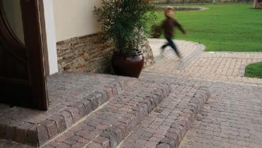 schody tarasowe, schody z kostki brukowej,kostka brukowa