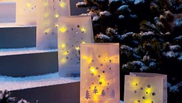 ogrodowe lampiony, świecące torebki, papierowe lampiony, oświetlenie ogrodu, światło na tarasie i balkonie