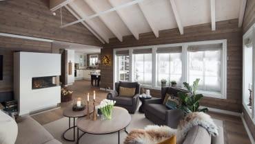drewniany dom, domek w górach, dom w Norwegii