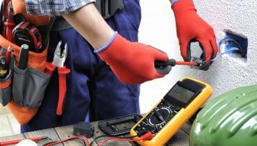 Przegląd instalacji elektrycznej w domu jednorodzinnym